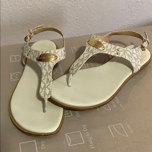 Michael Kors Plate Thong Leather Sandal.
